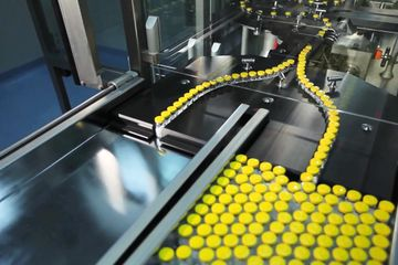 pick and place robots on a production line